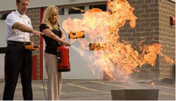 [Video] Cách sử dụng bình chữa cháy bột cơ bản đơn giản