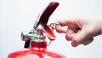 Hướng dẫn cách sử dụng bình chữa cháy bột an toàn hiệu quả